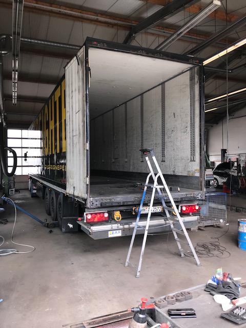 Unsere Service- und Kundendienstleistungen erfolgen nach Herstellervorgaben.